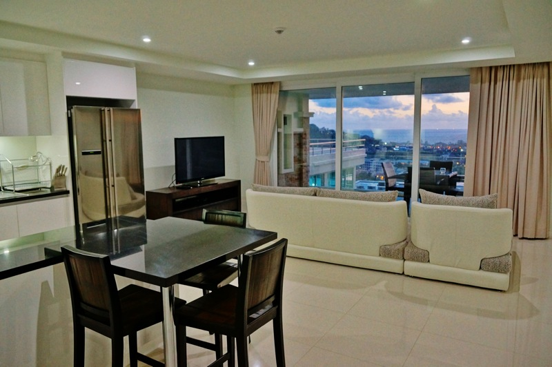 Photo Phuket- luxury 1 bedroom sea view condo for rent in Kata