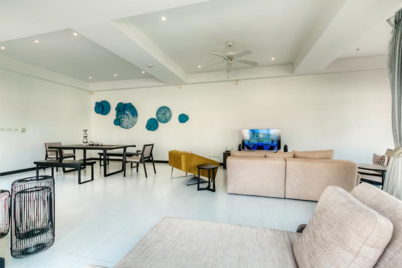 Photo Phuket Luxury 3 Bedroom Pool House for Rent in Laguna