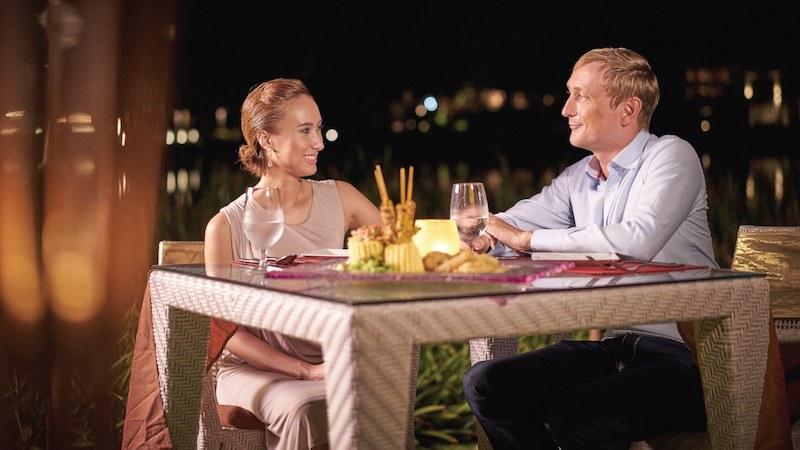 Photo Phuket Luxury Beachfront 3 Bedroom Condo for Sale in Laguna