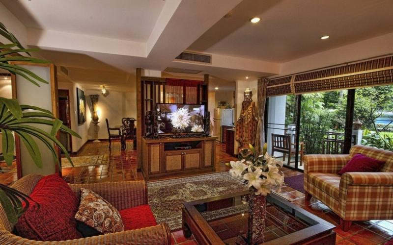 Photo Phuket luxury Lakeside Condo to sell in Nai Harn