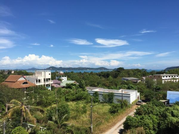 Photo Phuket, luxury sea view villa for sale in Rawai