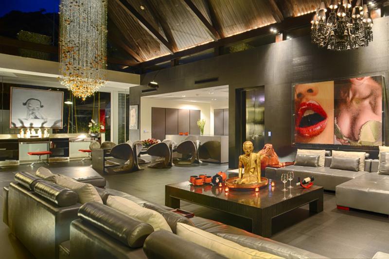 Photo Phuket luxury villa for sale in Kamala Thailand