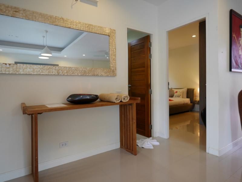 Photo Phuket modern 2 bedroom pool villa  in Chalong