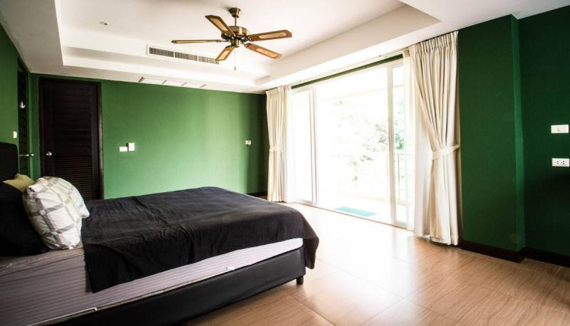 Photo Phuket modern 3 bedroom Penthouse for Sale in Patong