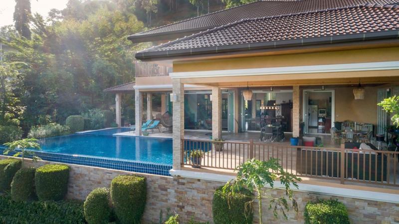 Photo Phuket Modern 9 bedroom Villa with pool for sale Kathu