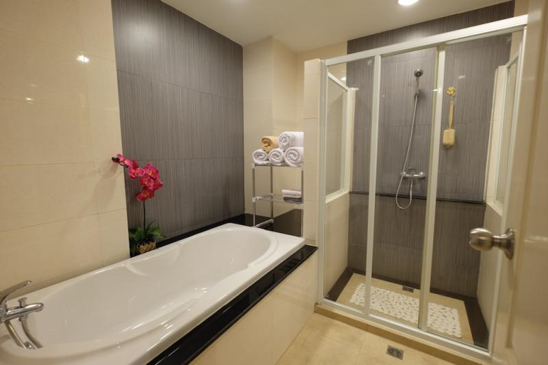 Photo Phuket-Modern Fully furnished 1 bedroom condo for long term rental in Patong Beach