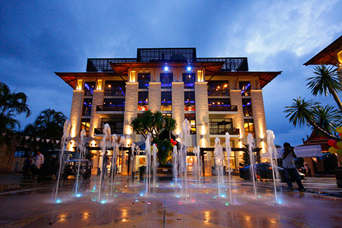 Photo Phuket offices for rent in the prestigious Royal Phuket Marina