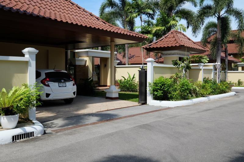 Photo Phuket 4 Star Resort and Lands for sale in Bang Tao