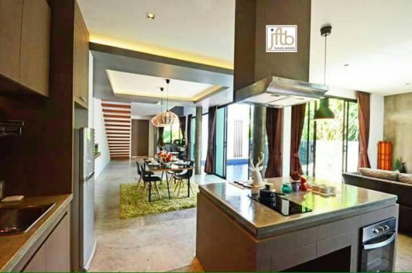 Photo Private pool villa for sale in Phuket (Rawai) with 2 bedrooms