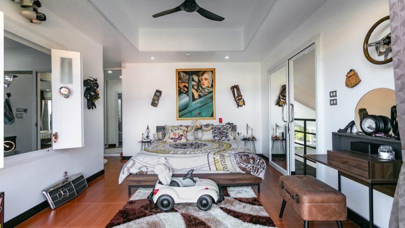 Photo Rawai Luxury brand new 3 bedroom Pool Villa to Sell