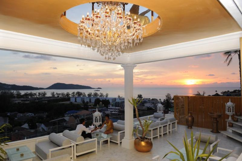 Photo Sea View Sky Bar + Restaurant and 20 serviced apartments for sale in Patong, Phuket