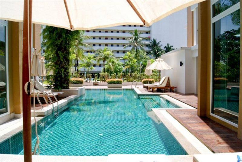 Photo Spacious 2 bedroom apartment to rent in Patong with full facilities