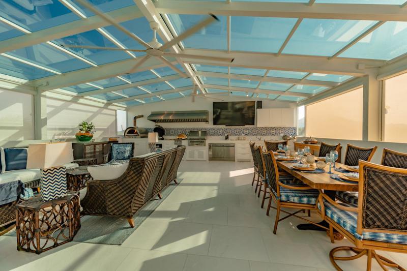 Photo Penthouse en triplex avec parking de yacht privé à vendre dans la Royal Phuket Marina.