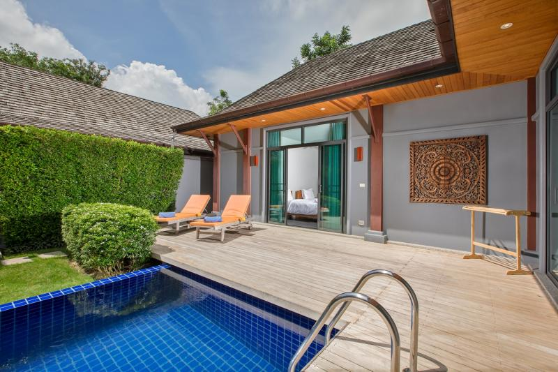 Photo Villa with 3 bedroom and a pool to rent in Rawai